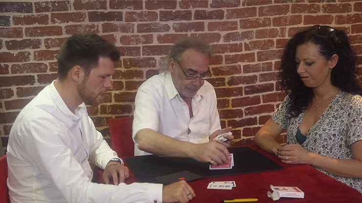 Bluff (Red with Online Instructions) by Jean-Pierre Vallarino - Trick
